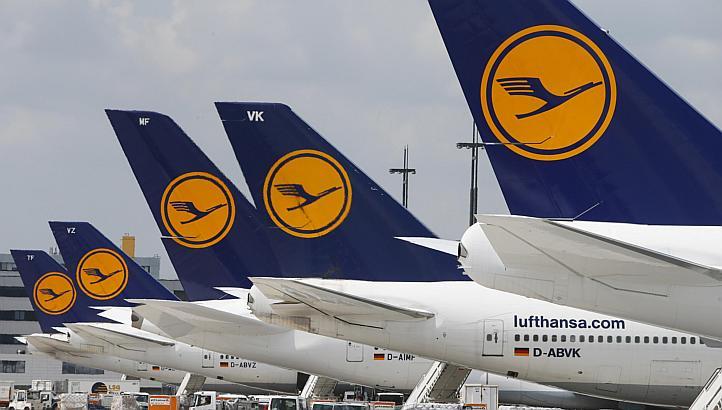 La Compagnie Allemande LUFTHANSA, premier transporteur d'Europe en terme de flotte d'avions (Groupe). Elle possède 10 Airbus A 380 et a ses base principales à : Francfort, Munich et Dusseldorf et aussi Berlin.