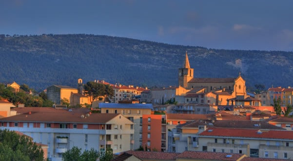 Aubagne-Provenza-Francia.-Author-Cyril.-Licensed-under-the-Creative-Commons-Attribution-601x330