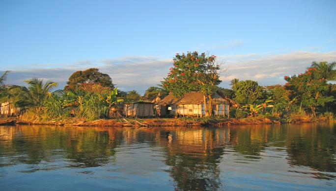 Yacht-Charter-madagascar-sunset