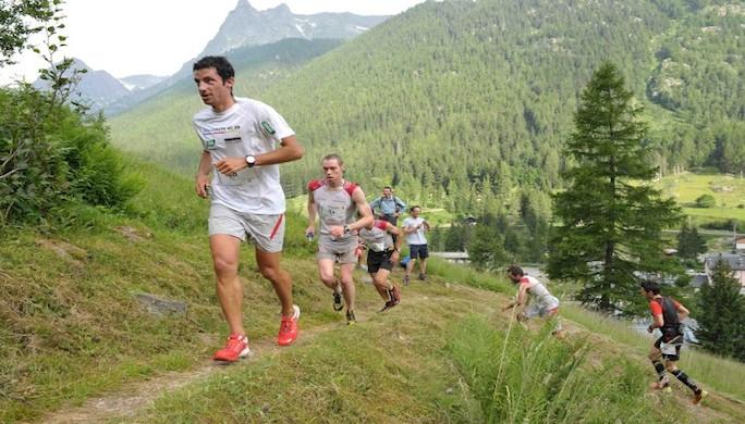 1-Au-premier-plan-Kilian-Jornet-Marathon-du-Mont-Blanc-photo-JMK-Consult