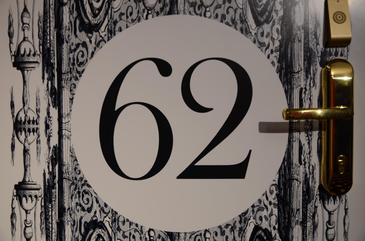 Numéro chambre hôtel du Continent