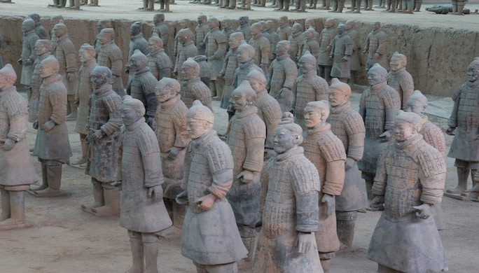 Terracotta_Army_Pit_1_-_10