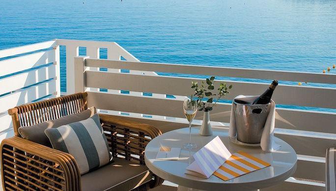 002790-17-MonteCarloBeach-balcony-view