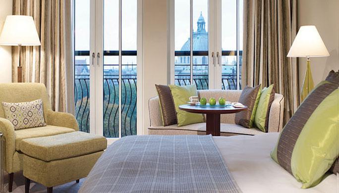 -Hotel-DE RUSSIE