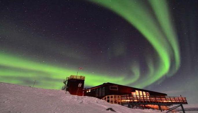 aurore-boreale-aurora-sky-station-abisko