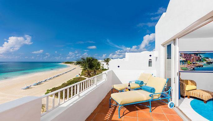 cuisinart_beachfront-one-bedroom-suite_terrace-1-fp