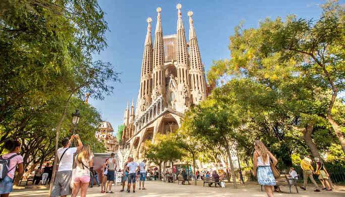 barcelona-Sagrada-Familia-1112x630