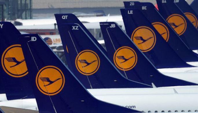des-avions-de-la-lufthansa-le-22-avril-2013-a-l-aeroport-de-dusseldorf:_NFOTRAVEL.FR