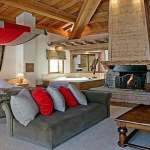 Val d'Isère : L'APRÈS-SKI AUX BARMES DE L'OURS