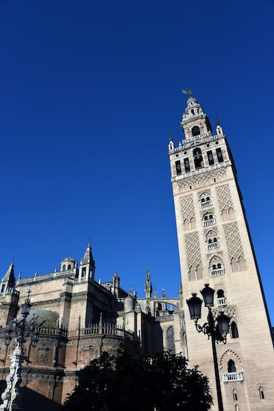 La Giralda clocher de la cathedrale de Seville ∏Stephane Isard