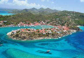 L'île de Saint-Barthélemy se redresse #partie 2