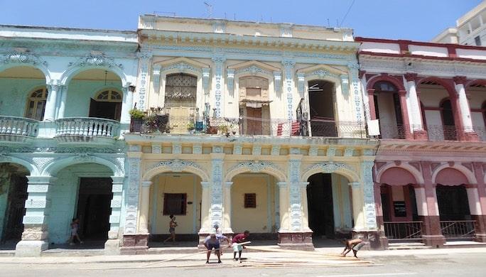 Les splendeurs du Prado, avenue emblématque de La Havane