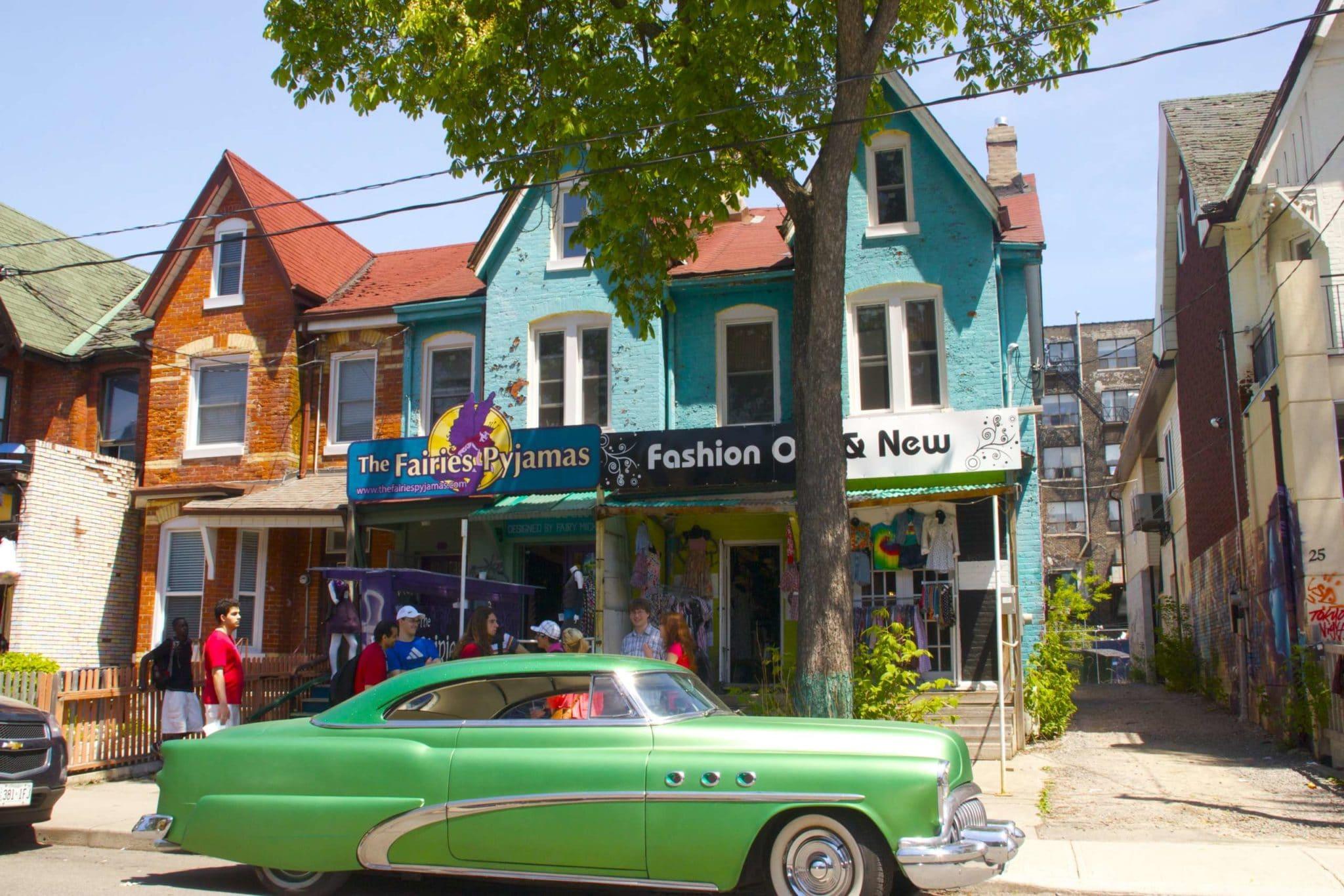 Quartier hippie Toronto @robertkassous