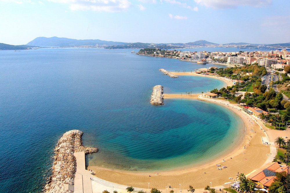 Toulon plage Mourillon -©Var Tourisme - Pierre Behar.jpg