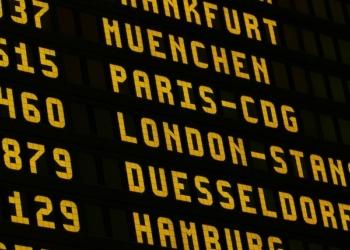 ADP : Deux fois moins de passagers en 2021 qu'en 2019