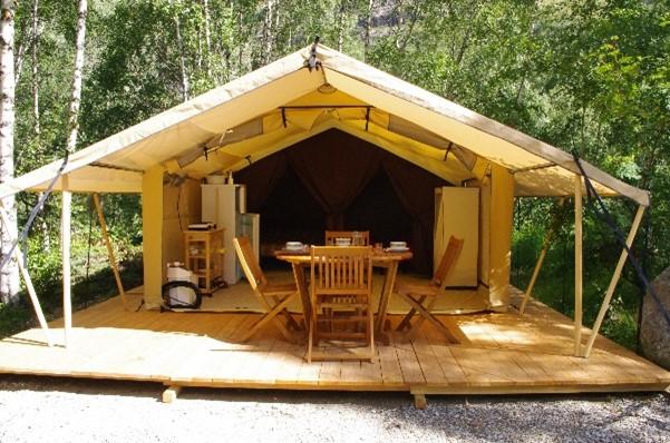 Hébergements insolites_Oisans_tente_camping_news_2021