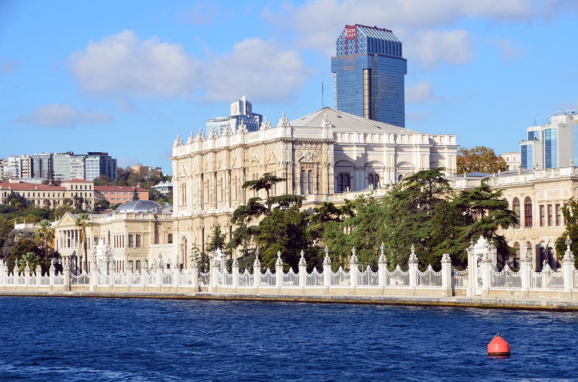 La démesure du palais de Dolmabahçe
