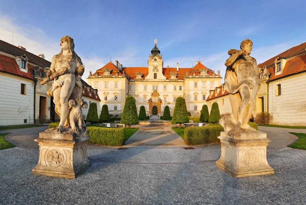 La République tchèque en 2000 châteaux