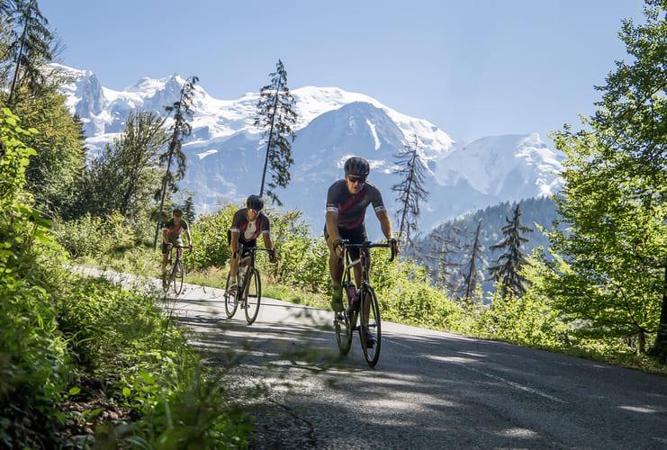 Cyclistes à Megève